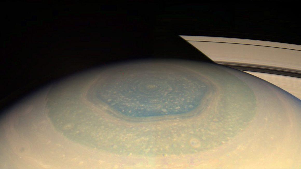El enigmático hexágono de Saturno
